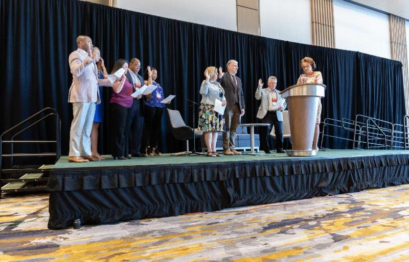 2019-2021 officers take the in Oath of Office at the 2019 Annual Meeting